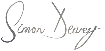 Simon Dewey Photographer logo